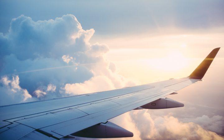 Avion Photo By Ross Parmly On Unsplash